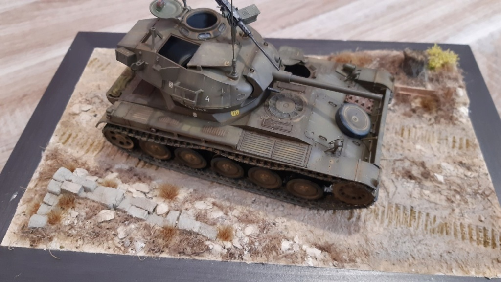 AMX 13 tourelle Chaffee (Takom 1/35°) terminé - Page 4 2710