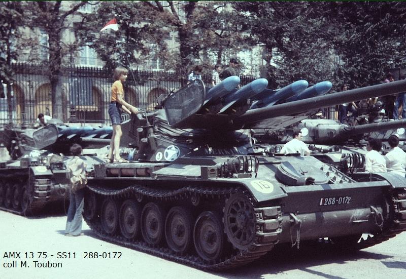 AMX 13 tourelle Chaffee (Takom 1/35°) terminé - Page 2 288-0111