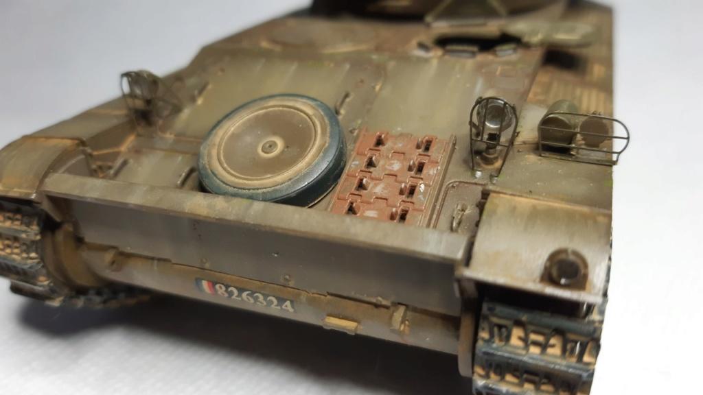 AMX 13 tourelle Chaffee (Takom 1/35°) terminé - Page 3 A213