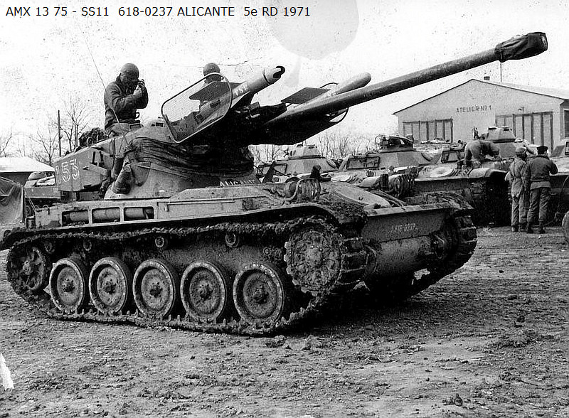 AMX 13 tourelle Chaffee (Takom 1/35°) terminé B13