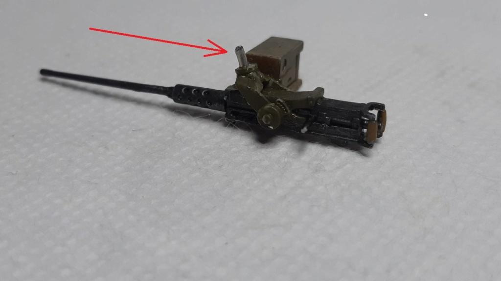 AMX 13 tourelle Chaffee (Takom 1/35°) terminé - Page 3 D12