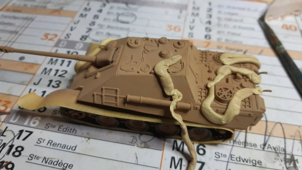From the box - Jagdpanther  Revell / Matchbox 1/76° *** Terminé en pg 2 Thumbn62