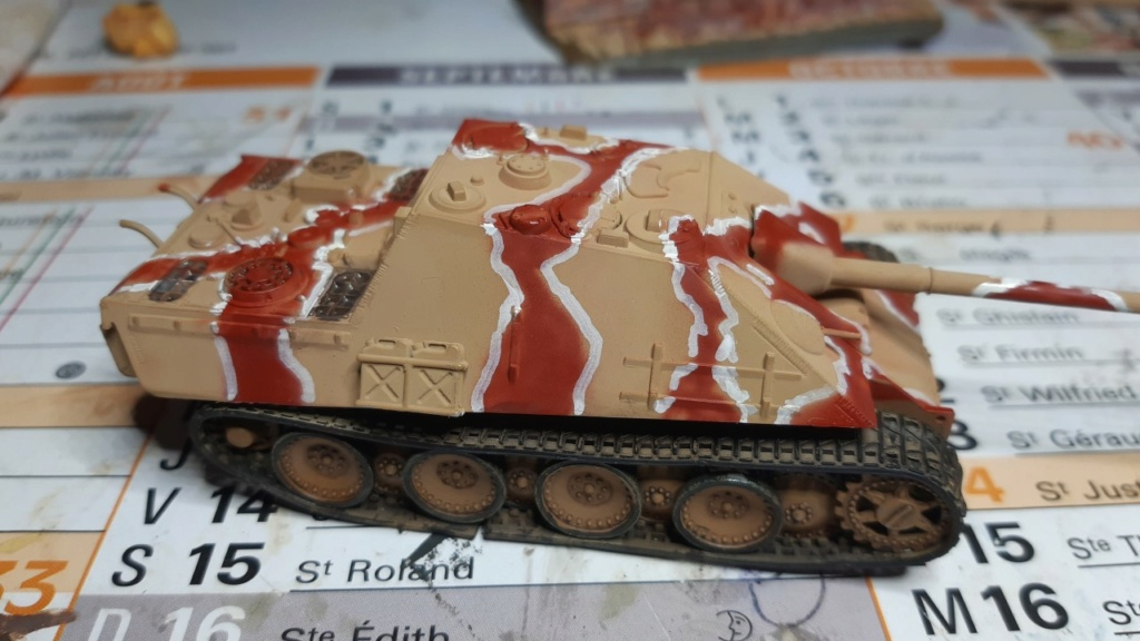 From the box - Jagdpanther  Revell / Matchbox 1/76° *** Terminé en pg 2 Thumbn65