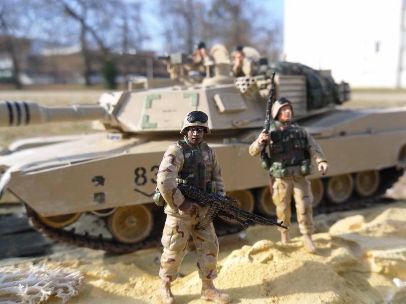 M1A2 Abrams -Photos finales ensoleillées 5/2/11 Sam_0013