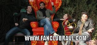 Raul y sus compañeros BELLA Y BESTIA Disney17