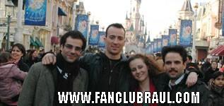 Raul y sus compañeros BELLA Y BESTIA Disney20