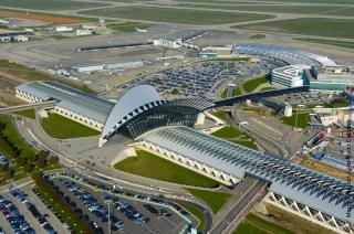 VISITE DE L'AEROPORT DE LYON ST EXUPERY Gare_d10