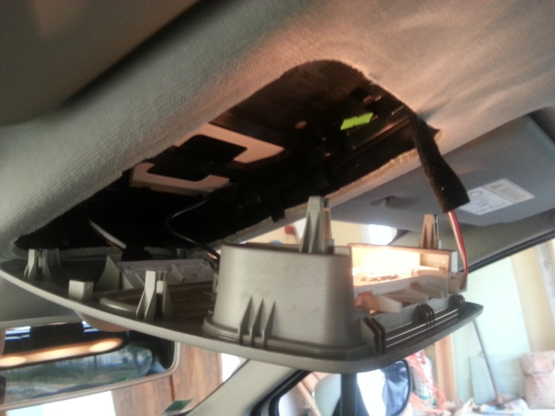 [Tuto] Démonter le plafonnier & installation de LED - Page 2 2013-020