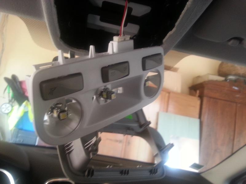 [Tuto] Démonter le plafonnier & installation de LED - Page 2 2013-023