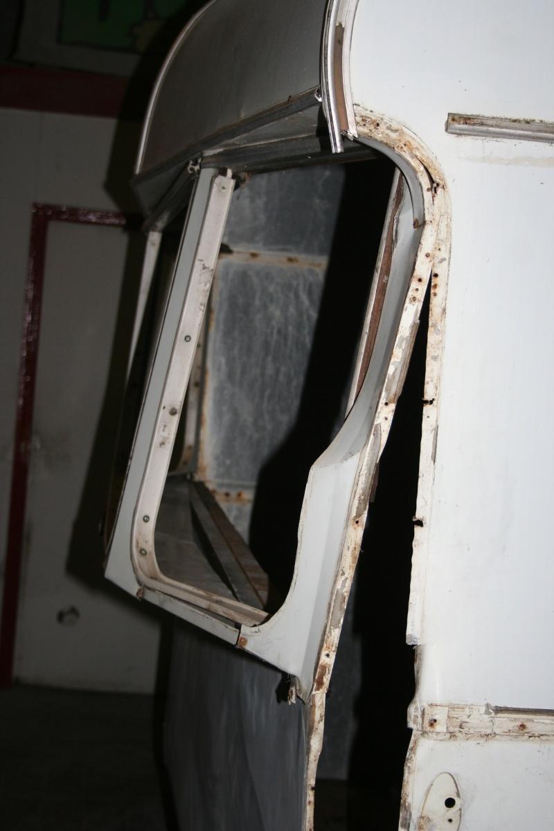 RESTAURATION DUNE CARAVANE TYPE MOBIL HOME THEILLAY 650 LOFT VINTAGE - Page 4 A_trie19
