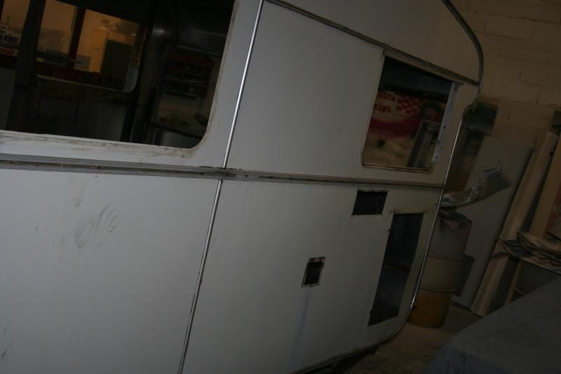RESTAURATION DUNE CARAVANE TYPE MOBIL HOME THEILLAY 650 LOFT VINTAGE - Page 4 A_trie20