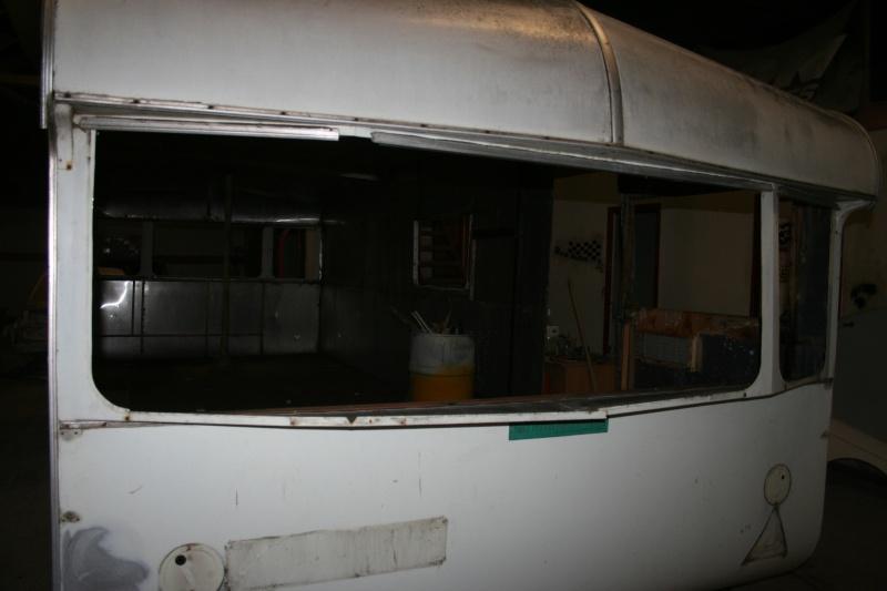 RESTAURATION DUNE CARAVANE TYPE MOBIL HOME THEILLAY 650 LOFT VINTAGE - Page 4 A_trie25