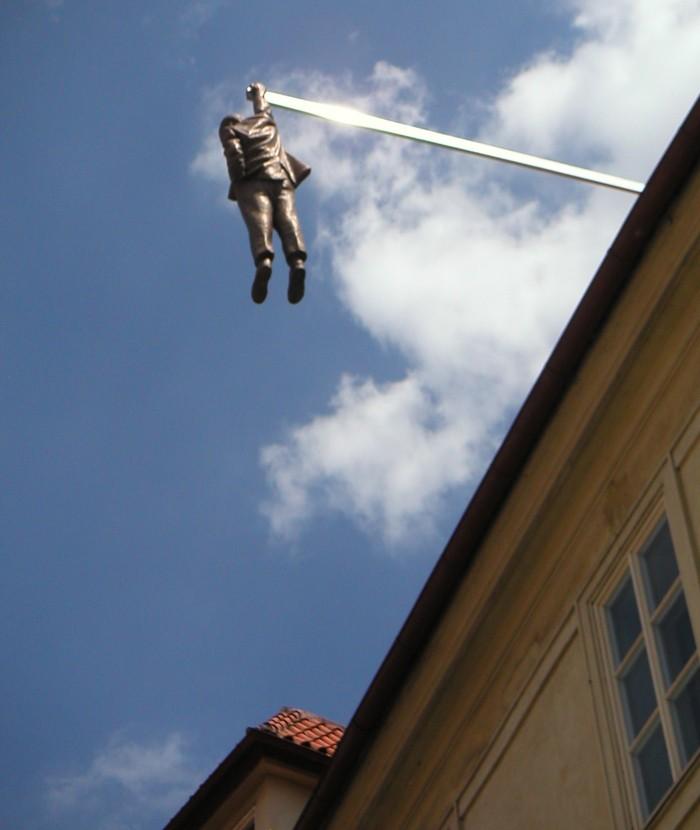 PISS, sculpture de David Cerny - Prague - République Tchèque _hangi10