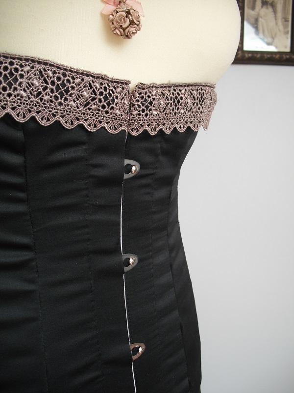 [1916] Robe de jour + lingerie Dscf5510