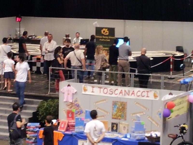 Le piste elettriche a Firenze Gioca 811