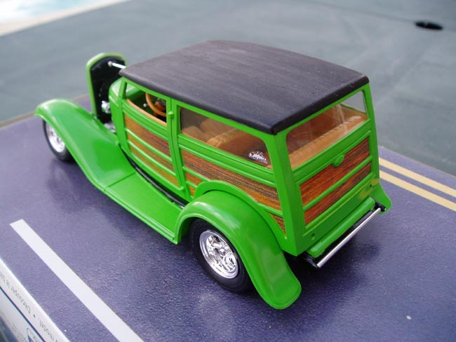 Ford 32 woody marque revell 1/25 Trois_11