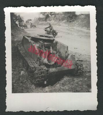 Sdkfz 300 (Borgward BI-BII) Bii_da10