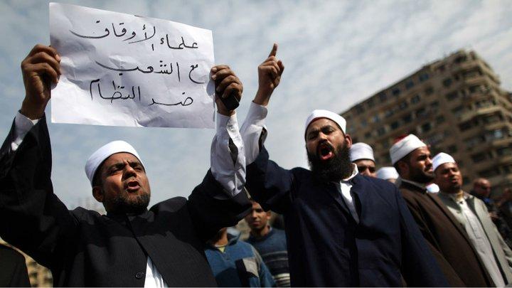 حصريا على منتدى الأرانب للجميع خفة دم الشعب المصرى أثناء المظاهرات مجموعه لن تجدها  الا هنا  02051110