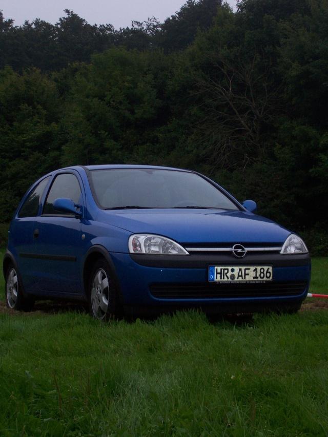 Blue Angel's Corsa C 100_0711