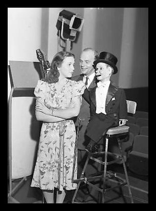 The Charlie McCarthy Show 22211