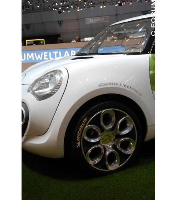 [SALON] Geneve 2009 - Salon international de l'auto 2511