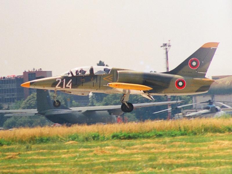 Aeronave deosebite L-39_b10