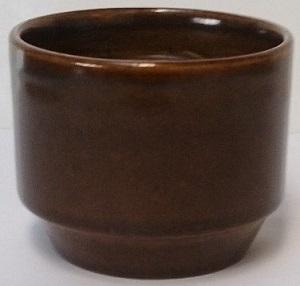 A little mustard pot minus it's lid .... is a vitrified egg cup Mustar10