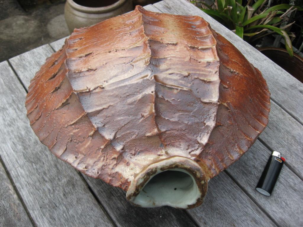 Mystery unmarked large hanging vase Img_4412