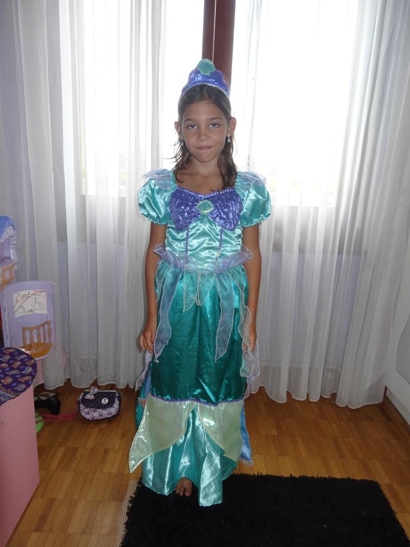 Robe de princesse - Page 9 Dsc04611