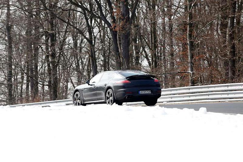 2013 - [Porsche] Panamera restylée - Page 3 Porsch10