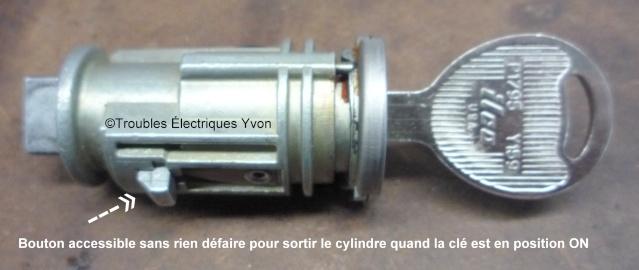 Truc, cylindre mécanique de clé d'ignition P1060712