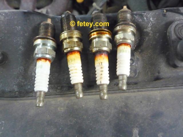 Trouble de bougies à résoudre P1070516
