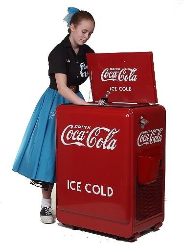 Accessoires diorama : la machine à glace au 1:25   Coke_i11