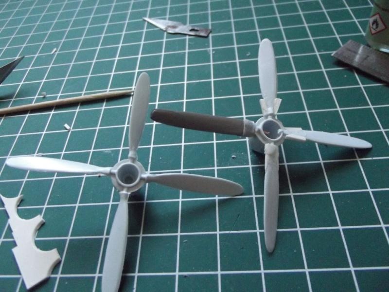 [VINTAGE 2013] [Airfix] Heinkel 177 Heinke11