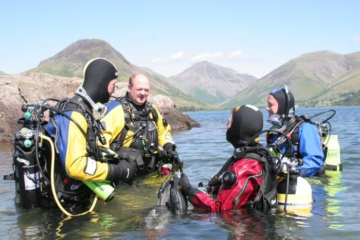 UK diving pictures Deep_d10