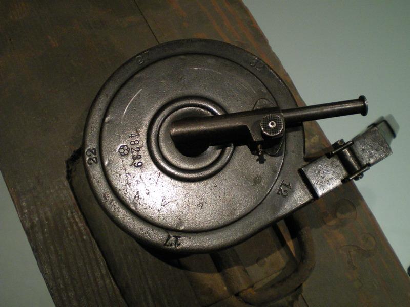 La P-Kasten : accessoire du luger dit d'artillerie (ou LP14) et du MP18/1 Trom_a11