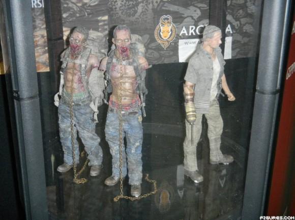 "THE WALKING DEAD "" Figurines OFFICIELLES ""  Dscn5710"