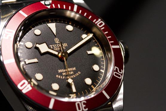 une montre pour un futur trentenaire (Tudor sub, omega..) Tudor_10
