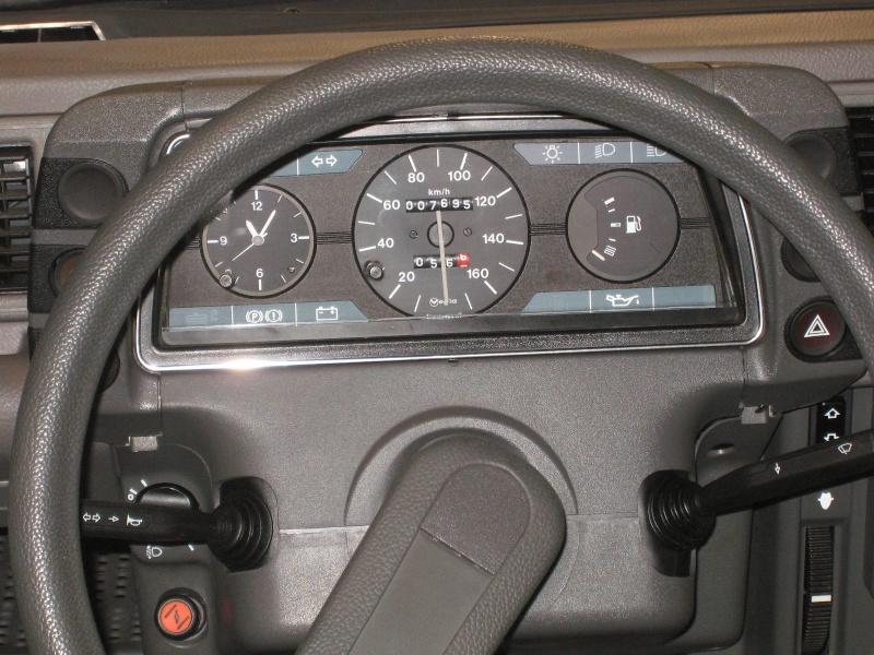 Rétromobile 2013 : les découvrables et cabriolets Citroen Ratrom21