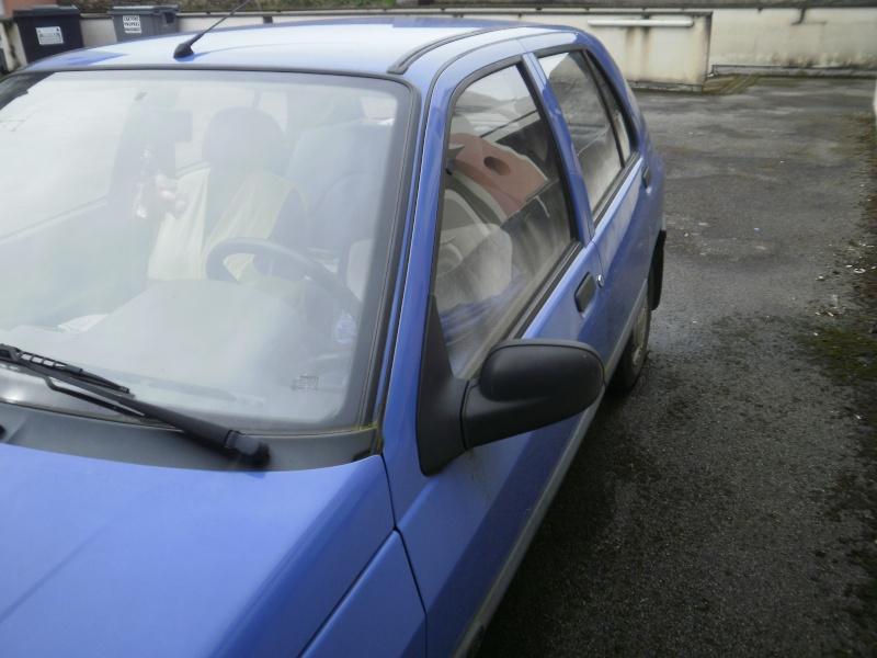 Une nouvelle Renault dans la flotte P3220812