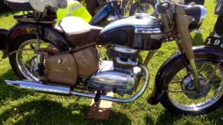 rassemblement internationnal motobecane P_201958