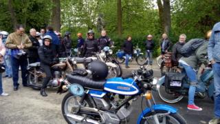 rassemblement internationnal motobecane P_201962