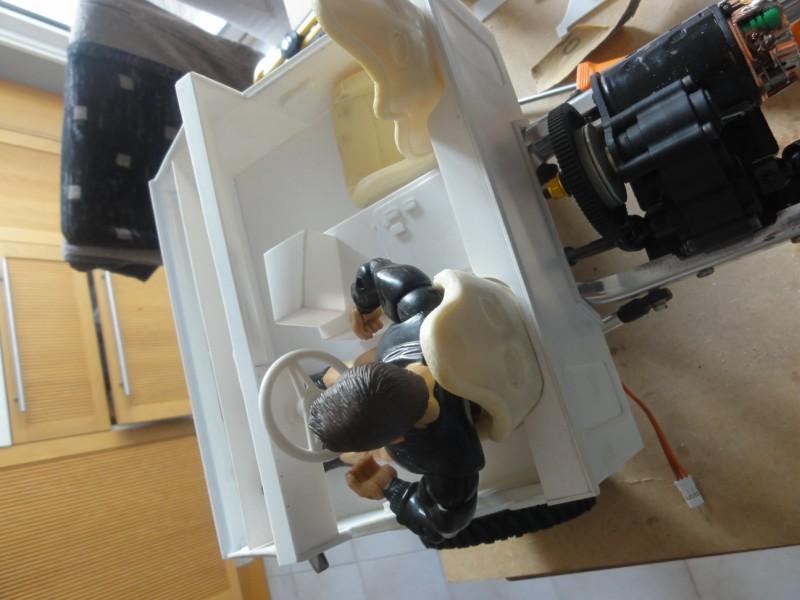 scale fond de tiroir deviendra unimog (projet abandonne) la faute a mon fils qui a envis d un man kat Dsc09828
