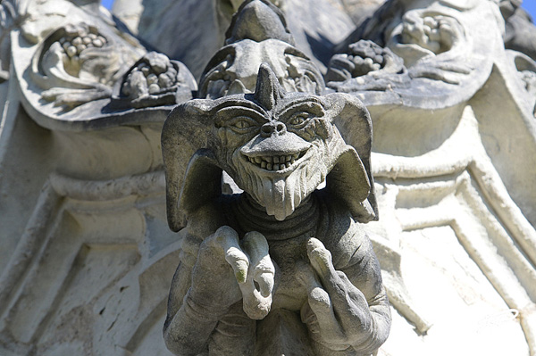 Une sculpture / un sculpteur en passant - Page 3 Chapel11