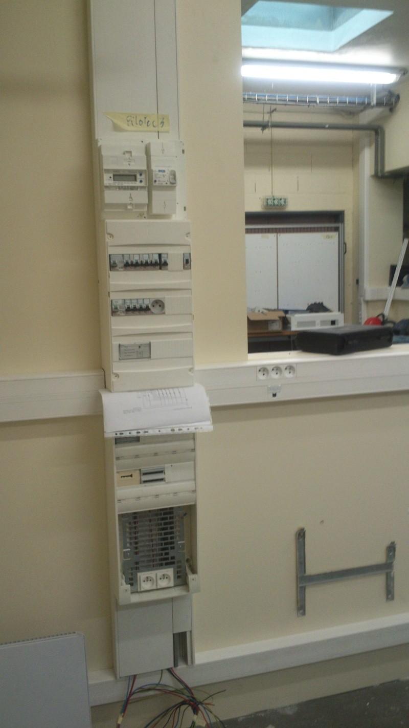Réamenagement salle TP Bac Pro Eleec Tertiaire Dsc_0016