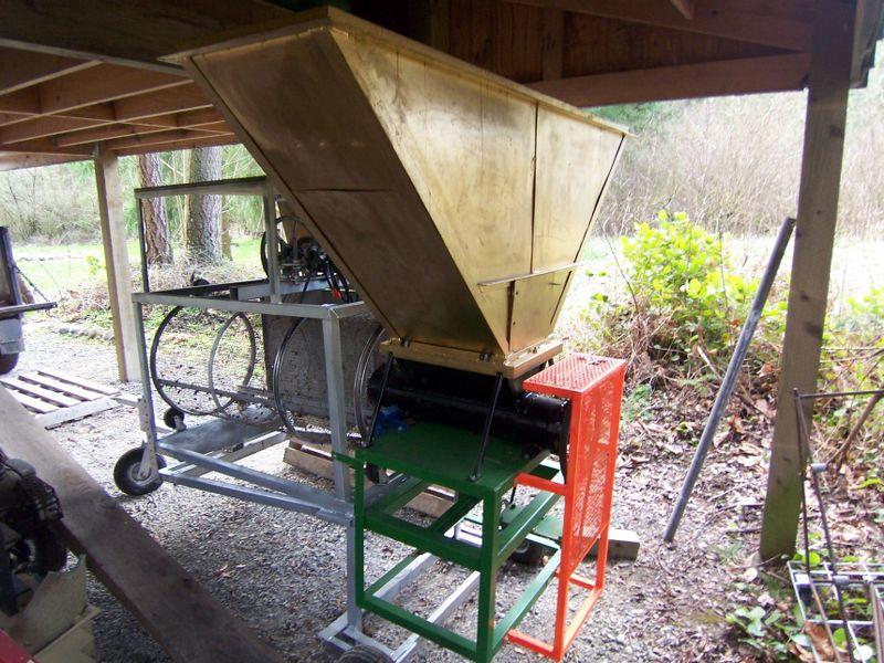 Compost Tumbler 100_1710