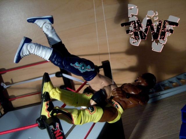 Dark Show #006 - Dark ECW Arena 100_7117