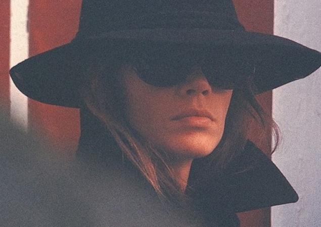 Françoise et ses chapeaux - Page 2 Franco11