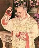 Les Bénédictions de Padre Pio, en Pensées, en Paroles et en Actions (Vidéo) Padre_10