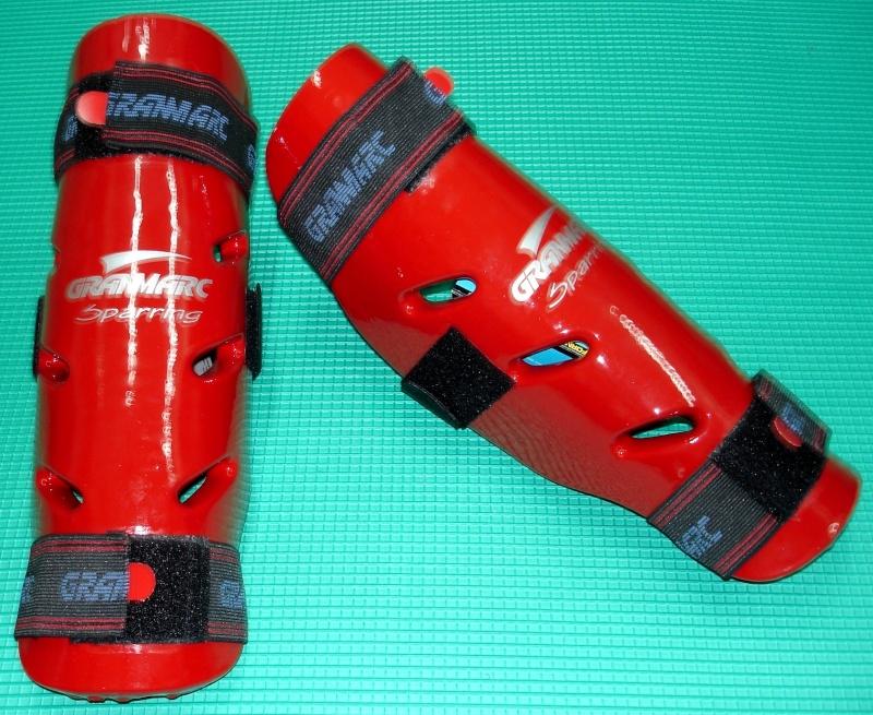 vendo canilleras y zapatos de kick y taekwondo Canill11